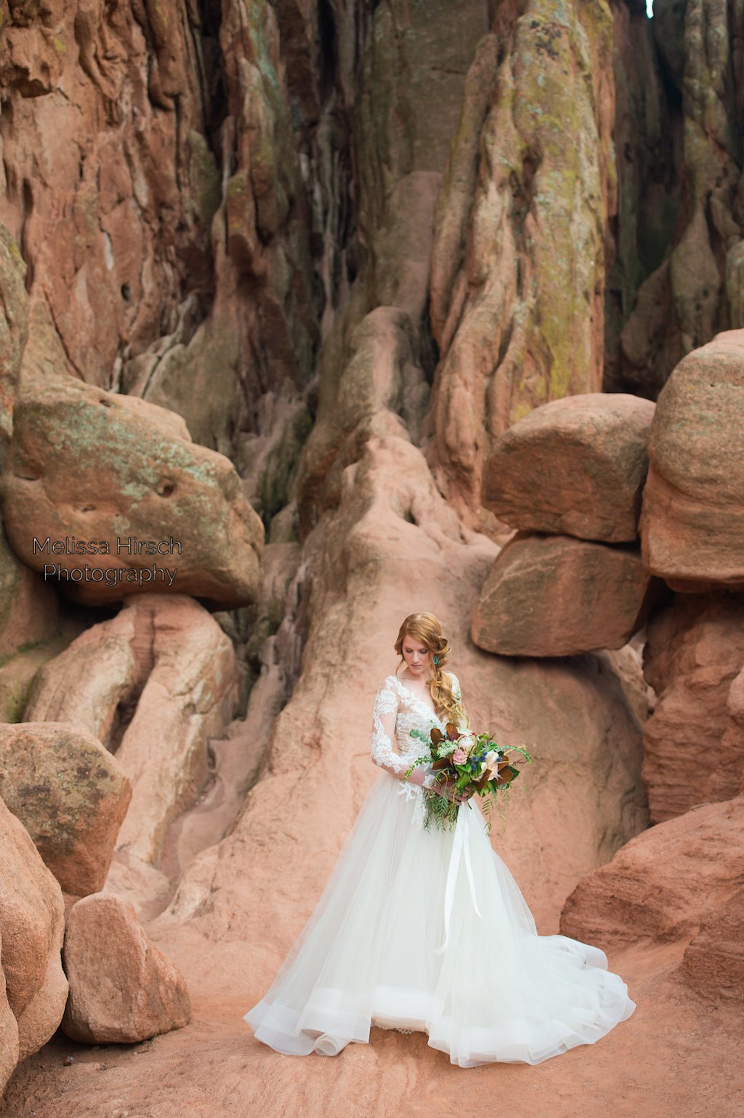 bride posing at garden of the gods
